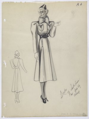 Coat with Pointed Collar and Rounded Pockets