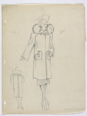 Coat with Fur Collar and Heart-Shaped Pockets