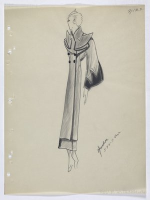 Coat with Folded Points on Top and Fur Trim on Sleeve