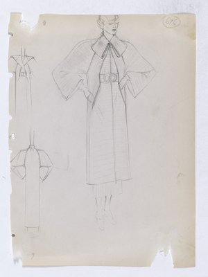 Coat with Folded Collar and Raglan Sleeve