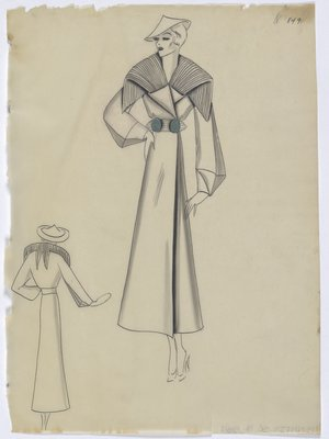 Coat with Lines on Folded Collar with Green Buttons