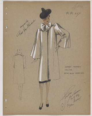 Coat with Heart-Shaped Collar and Wide Wing Sleeves