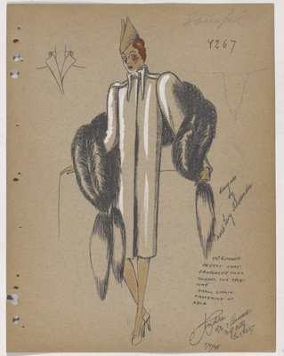 Coat with Tucks and Chain at Neckline, Wih Fur Piece