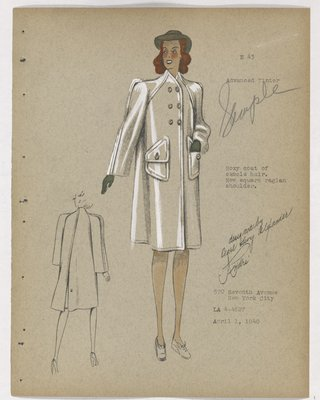 Coat with Raglan Sleeves and Flap Pockets, with Green Accessories