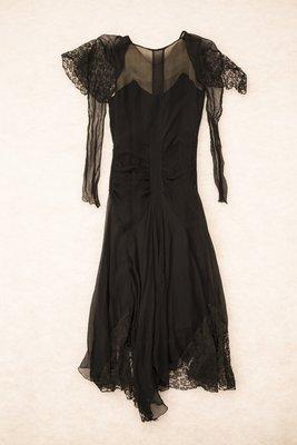 Black chiffon dress with lace, back view, 1929