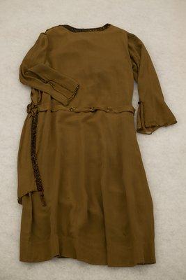 Brown chiffon dress with beading, back view, circa 1926-1928