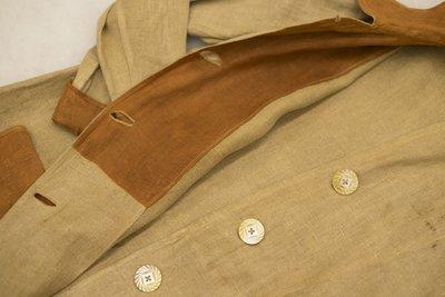 Brown two-tone linen blazer, button detail, 1915