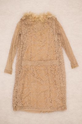 Peach lace dress and matching vest with flower details, back view, 1925