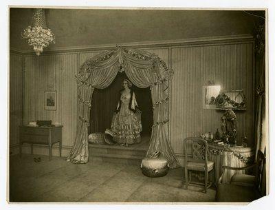 Lucile, Rose Room