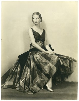 Black and White Fashion Photograph, Fall/Winter 1928-1929