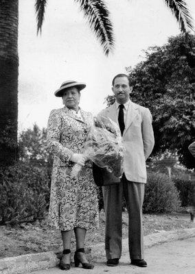 Helena Rubinstein and Oscar Kolin in the South of France