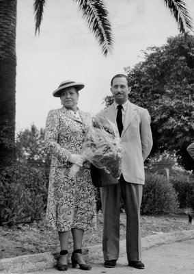Helena Rubinstein and Oscar Kolin in the South of France