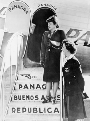 Helena Rubinstein exiting Panagra plane