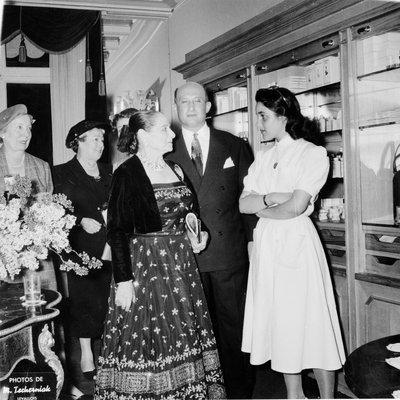Helena Rubinstein at salon opening