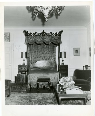 Artchil Gourielli's bedroom in the Park Avenue apartment