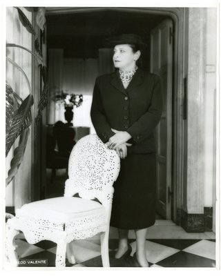 Helena Rubinstein in her Park Avenue apartment