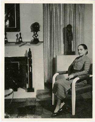 Helena Rubinstein in her Paris apartment