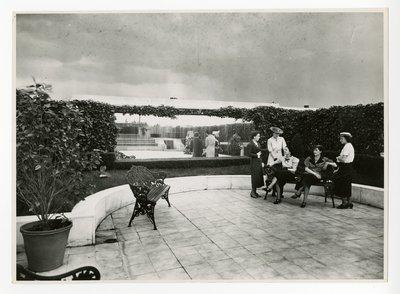 Women on terrace of Helena Rubinstein's Paris apartment