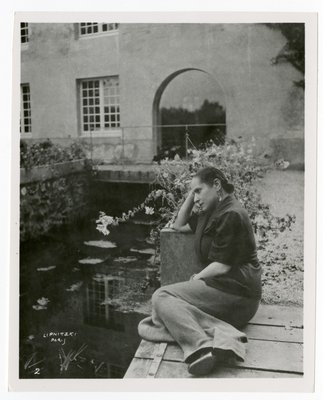 Helena Rubinstein at the rear of the Moulin de Breuil country home