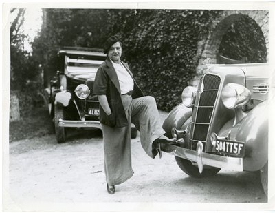 Helena Rubinstein with Chrysler Plymouth and Peugeot cars
