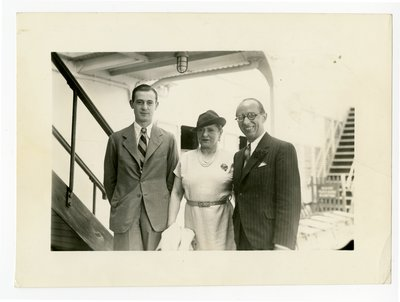 Helena Rubinstein, Roy Titus and Ladislas Medgyes on board the Champlain