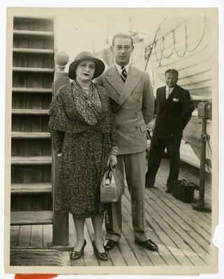 Helena Rubinstein with Roy Titus on board the S.S. Mauretania