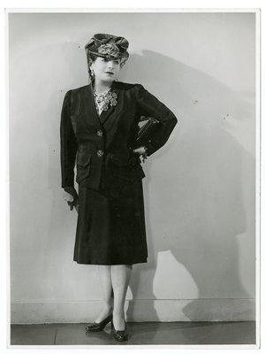 Helena Rubinstein in Schiaparelli suit