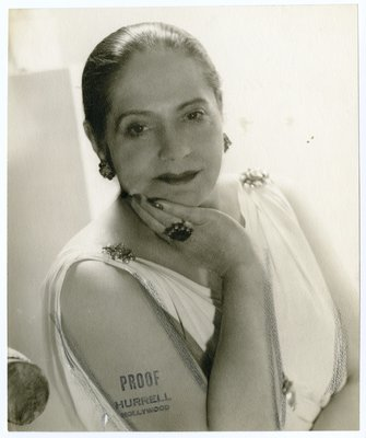 Helena Rubinstein in Grecian-style dress by Molyneux
