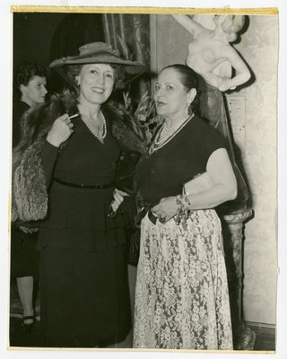 Helena Rubinstein with the opera singer Cobina Wright