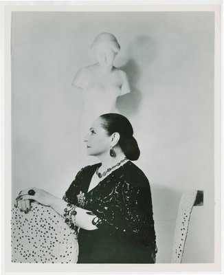 Helena Rubinstein photographed by Cecil Beaton with Nadelman sculpture