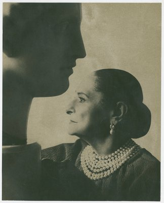 Helena Rubinstein profile with Nadelman sculpture