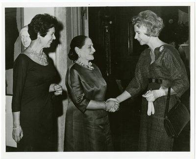 Helena Rubinstein with Countess Wachtmeister