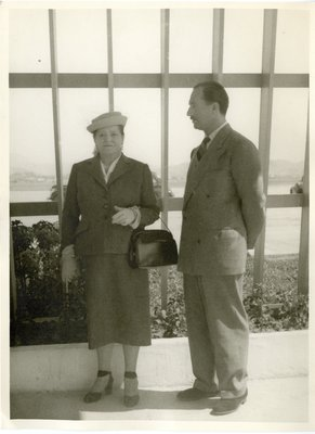 Helena Rubinstein and Oscar Kolin during travels