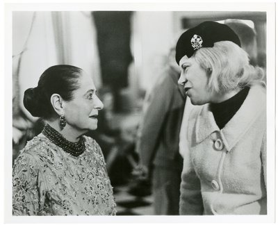 Helena Rubinstein  with reporter Jo Sherman