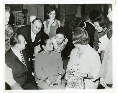 Helena and Mala Rubinstein with perfume retailers