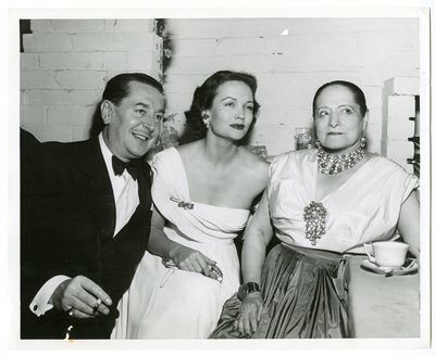 Helena Rubinstein with actors Reginard Gardiner and Nadia Petrova