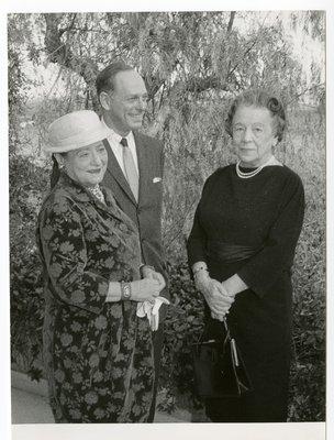 Helena Rubinstein with Vera Weizman