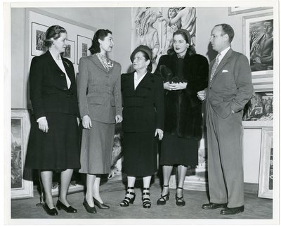 Helena Rubinstein with actor Ilka Chase