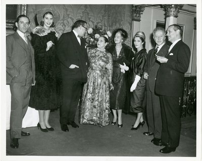 Helena Rubinstein with artists and members of high society