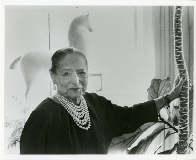Helena Rubinstein with Nadelman horse sculpture