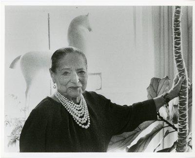 Helena Rubinstein with Nadelman horse sculpture